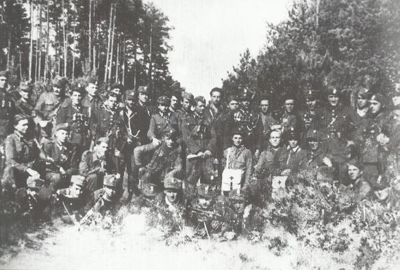Lato 1946 r. Rzeszowszczyzna. Oddział Zapory. . .