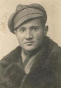 Józef Lis w okresie gimnazjum. Lata 30. XX wieku. Fot. ze zbiorów Józefa Lisa