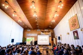 4 marca 2016 roku. Sala audiowizualna Zespołu Szkół Muzycznych Nr 1 w Rzeszowie